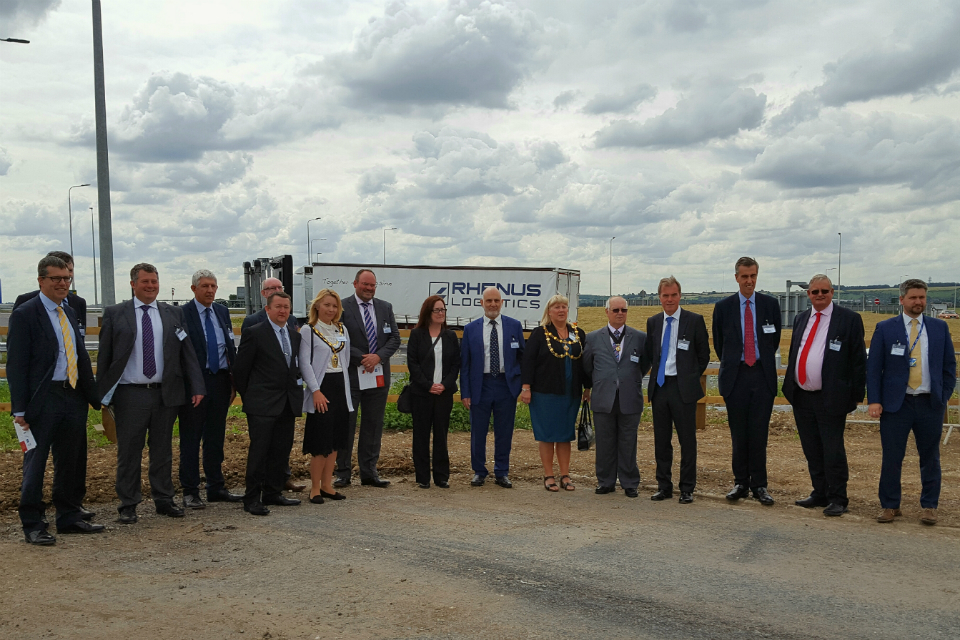 New A5-M1 link road in Bedfordshire hailed by business and civic leaders